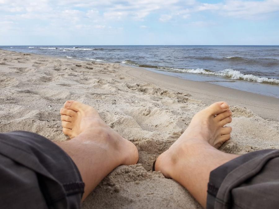 Pierwszy spacer po plaży Jastarni